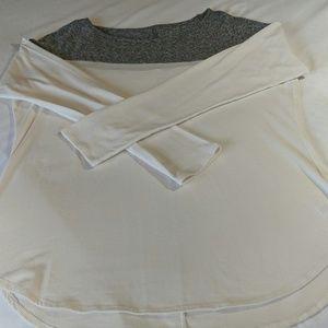 GUC Athleta Two-Toned Long Sleeve Basic Tee/Top!